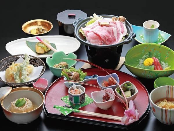 【地産会席/例】地産食材を使った創作料理をご用意