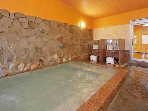 【大浴場】源泉かけ流しの名湯に24時間入り放題の大浴場