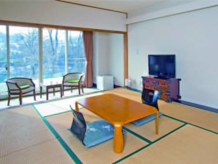 【湖側和室/例】赤谷湖を望む客室を確約