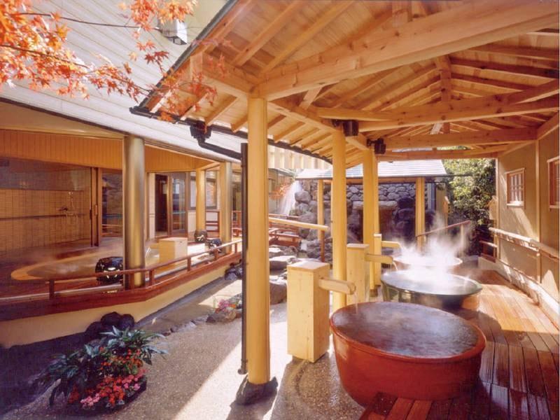 【天晴大浴場】趣向を凝らした多彩な湯船で伊香保の名湯「黄金」「白銀」の湯を堪能