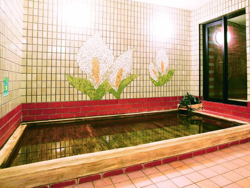 【檜風呂】24時間入浴可能