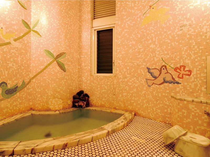 【家族風呂】全6種の家族風呂は、空いていれば何度も無料で貸切可