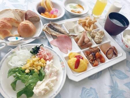 【朝食/例】朝食もバイキングをご用意!豊富な和洋メニューが好評