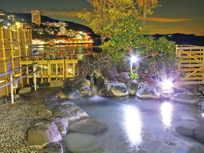 【展望露天風呂】熱海の夜景と青い海を一望できる最上階露天風呂で至福のひと時(入替制)