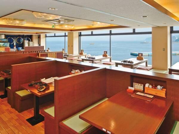 【食事会場】レストラン「でん助茶屋」は海を一望できる熱海の特等席!