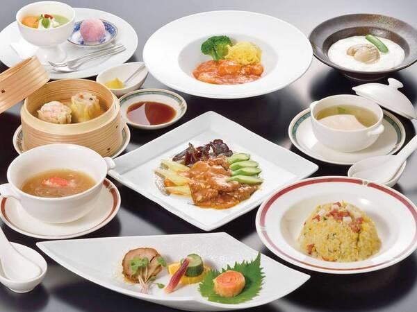 【中華コース/例】定番中華に加え、創作中華など味付けにも工夫を凝らした中国料理を堪能できる