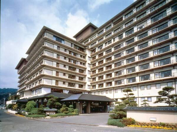 日本を代表する旅館「稲取銀水荘」外観
