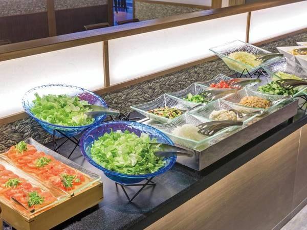 新鮮野菜もお好みで♪一泊朝食バイキング/例