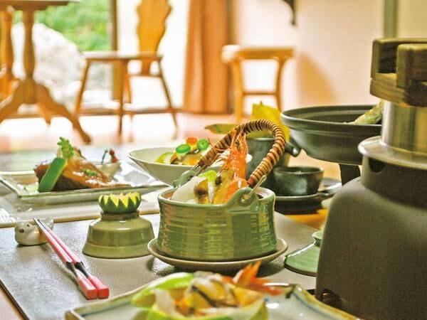 【お部屋食】海の幸会席の夕食一例