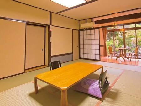 【和室10畳/例】和室10畳+広縁付。明るい純和風の雰囲気