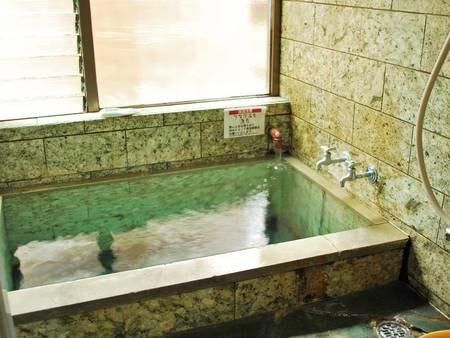 【温泉付客室/例】お部屋のお風呂は源泉かけ流し!!お部屋でも下賀茂温泉を堪能♪