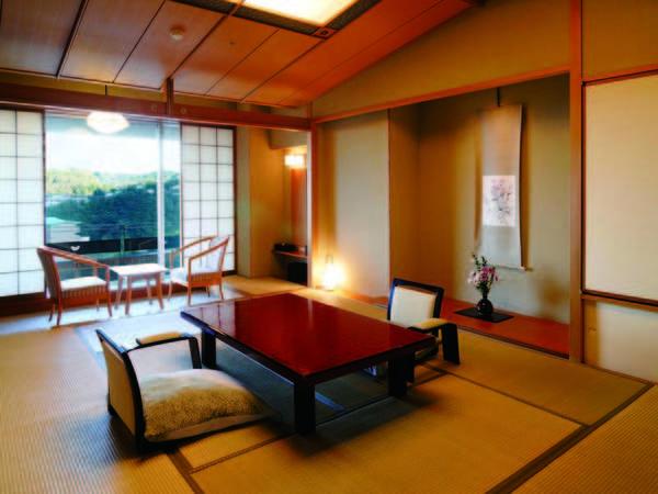 【夕食/例】地元産天然ものをふんだんに盛り込んだ会席。夕朝食ともお部屋で
