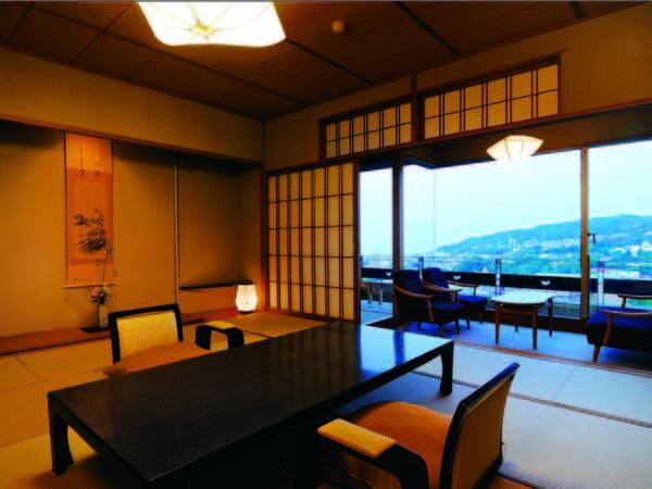 【客室/例】和風建築の技を尽くした、趣あるお部屋