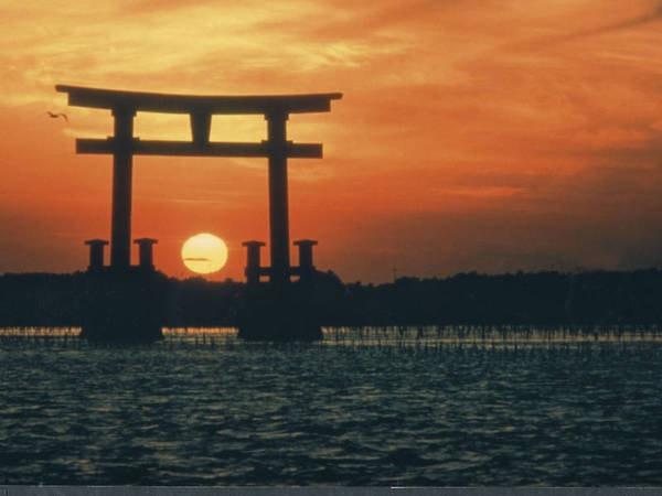 【周辺情報】大海原に沈む夕日は絶景