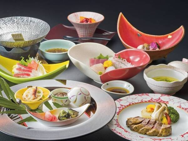 【夕食/例】地産にこだわった旬の会席料理