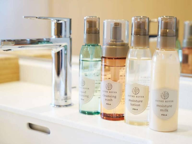 【アメニティ/女湯】入浴前にお化粧を落としてすっきり!