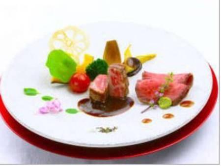 【料理一例】★プレミアム★あしたか牛のローストビーフと静岡県特選A5静岡そだち牛のロースグリエ