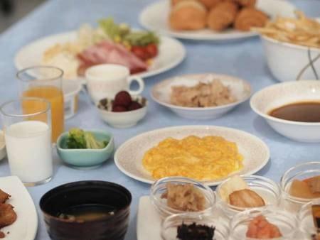 朝食バイキング(例)