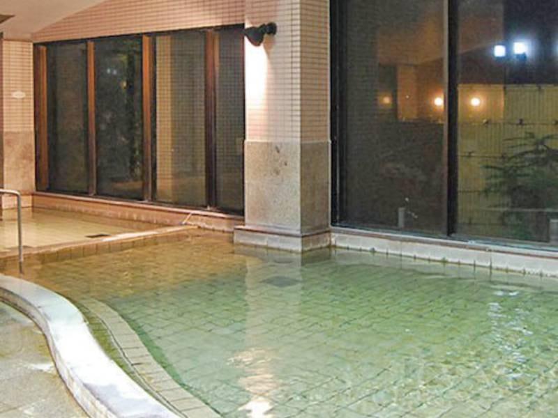 【大浴場】新鮮な温泉を天然かけ流し!