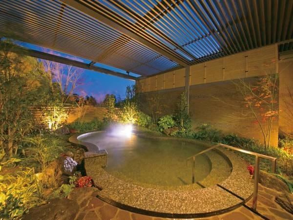 【リゾーピア別府】ヨーロピアンテイスト漂う雰囲気のリゾートホテルは別府八湯・堀田温泉の源泉が注がれる。ホテル自慢の「虹花(なないろ)会席」がおすすめ!