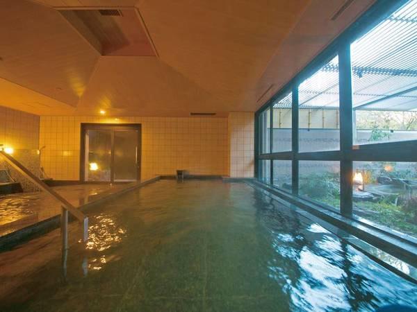 【大浴場】広い浴槽でゆったり温泉満喫