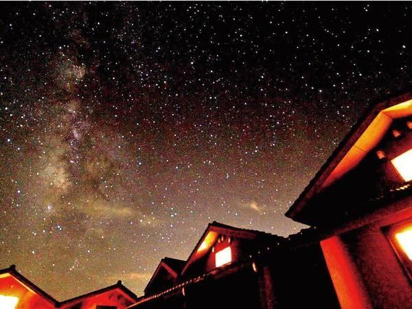 天気のいい日には透き通った空気のなか、星空観測も楽しめる