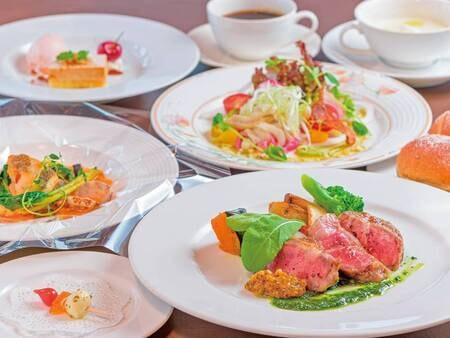 【スタンダード和食/例】和食、洋食ともに四季折々の旬な食材を使用した料理をご提供