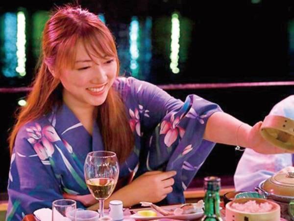 シーズンになると屋形船で会席を愉しめるプランあり!思い出に残る日田旅行を!