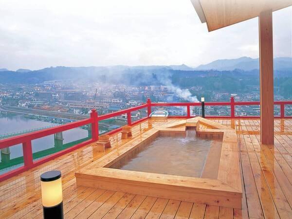 【展望風呂】九州一の高さから日田の夜景を一望