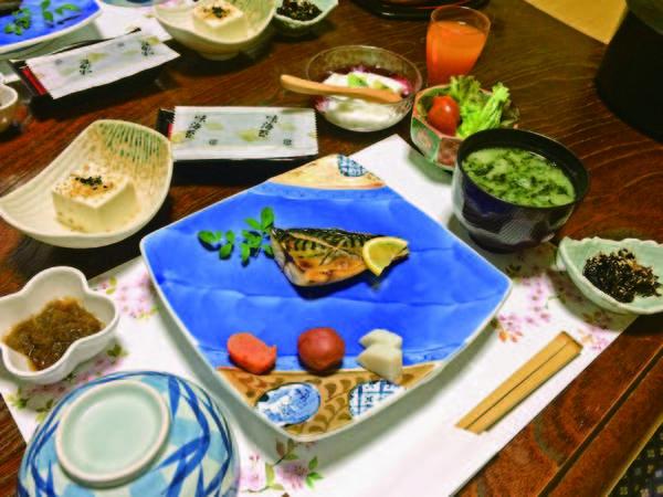 【朝食/例】自家製のお米を美味しく食べられるおかずがたくさん!
