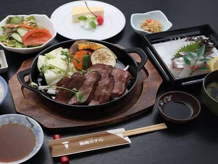 【豊後牛ステーキ&関アジ御膳/例】 豊後牛ステーキ(150g)・関アジのお造り等を堪能!