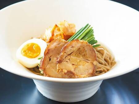 朝食_別府冷麺(例)