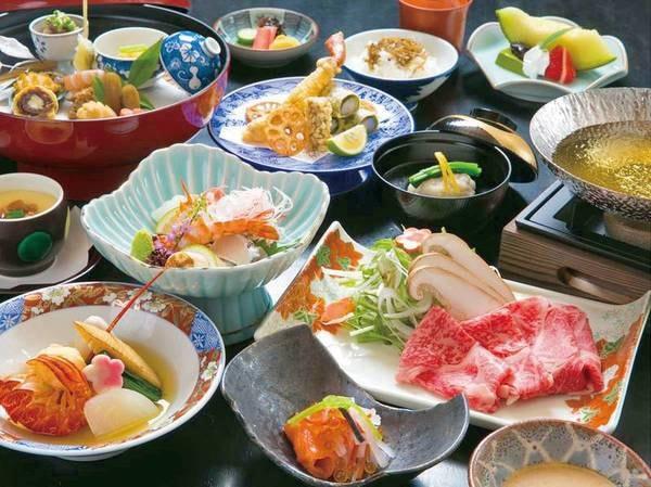 【新鮮魚介ととろける高級黒毛和牛/例】旨味たっぷりの料理を堪能