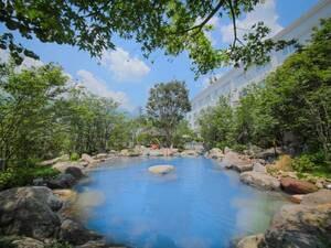 庭園風呂「空の湯」
