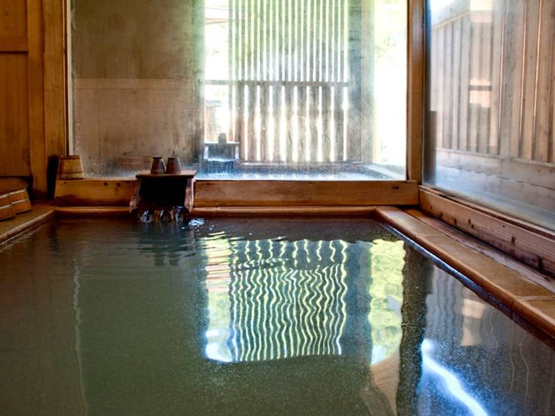 【女性用浴場】「源泉かけ流し宣言」の長湯温泉