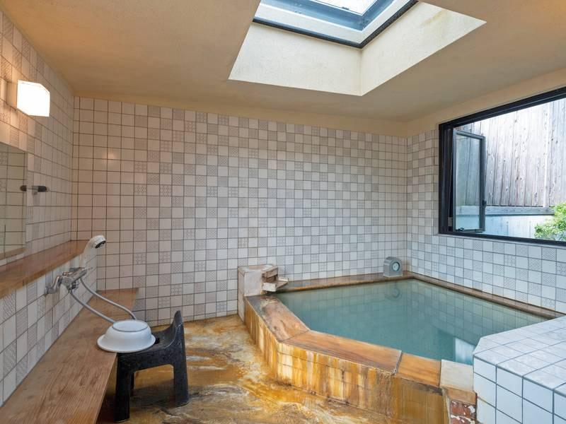 【貸切風呂「足柄湯」】大浴場と同じ泉質を貸切で堪能できる