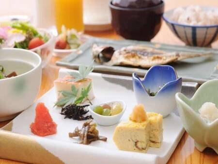 【朝食/例】和食を中心とした心和む朝食