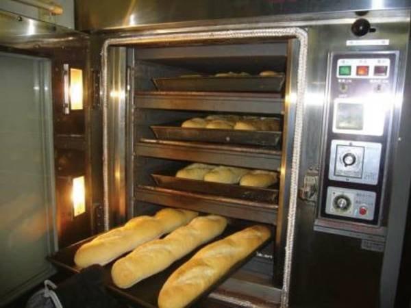 【自家製パン】ホテル内で焼き上げるパンを朝食で楽しめる♪