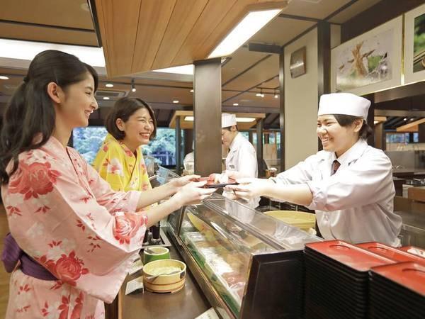 【夕食/例】ライブキッチンコーナーではシェフが出来立てのお料理をご提供!