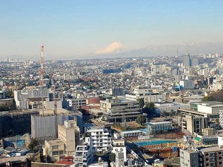 天気が良い日は富士山が見える場合も