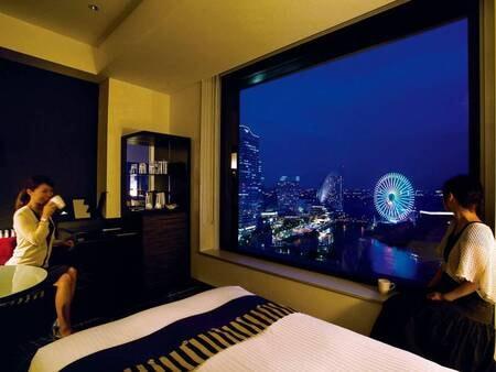 【海側眺望/例】広々30㎡。歓声を上げてしまうほどの感動夜景を体験!