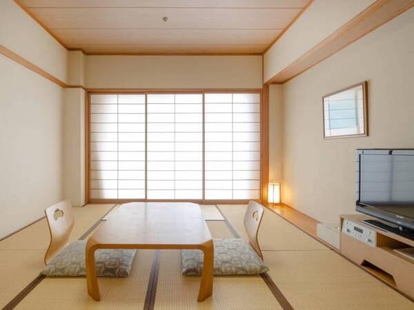*【和室10畳】畳の香りほのかに香る落ち着く和室です