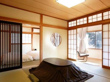 和室(8畳+8畳+広縁 42㎡)