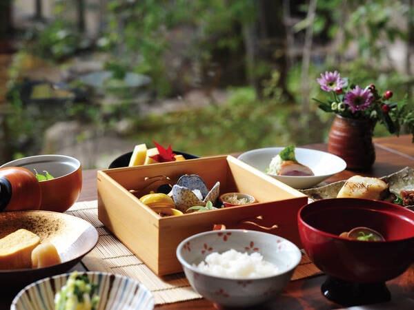 【朝食/例】地場の食材たっぷり