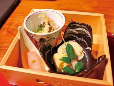 【ある月の夕食一例】季節感あふれる前菜