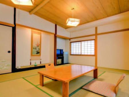【客室/例】8畳以上の洗浄機能トイレ付和室を用意