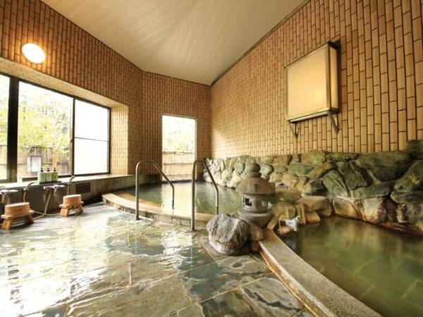 【女性大浴場】保湿・殺菌効果が高く、湯冷めしにくい塩化物泉をかけ流し