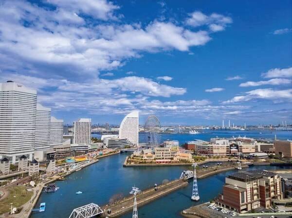 【レストラン眺望例】美しい夜景を見ながら食事を