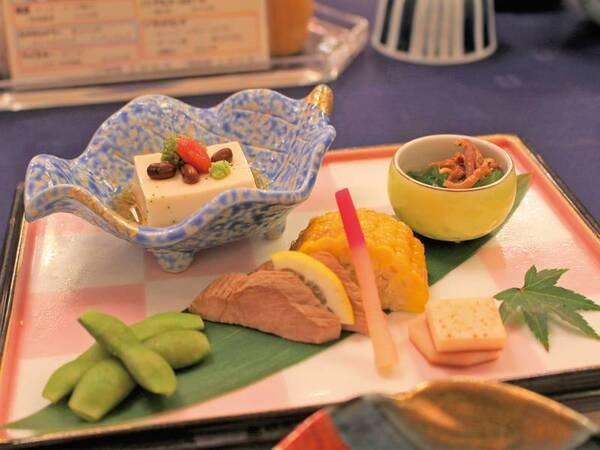 【ある月の夕食一例】季節の前菜