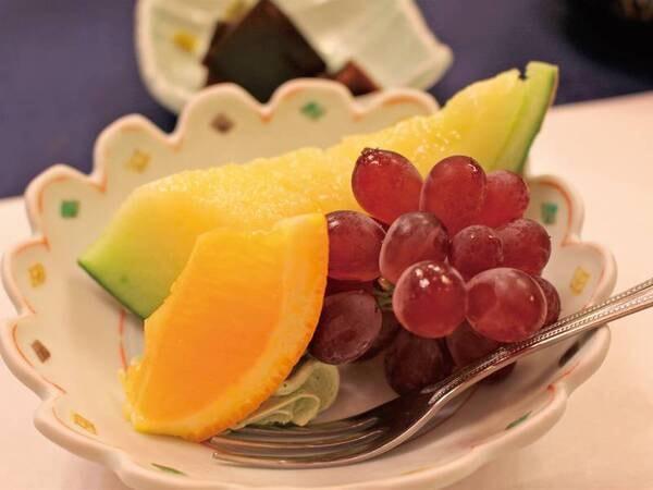【ある月の夕食一例】季節のデザート